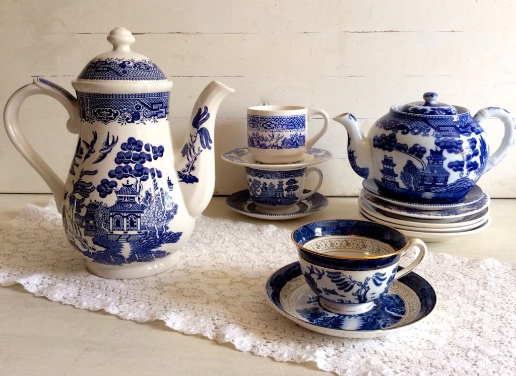blue willow set