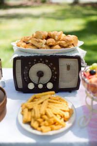 Vintage Radio as Food Stand