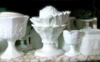 Assorted Vintage Milk Glass Pieces