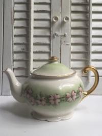 Vintage Dogwood Teapot