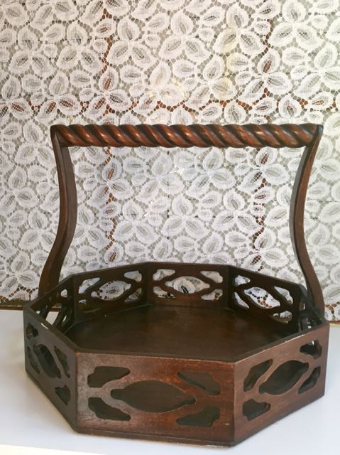 Lovely Vintage Trays – Southern Vintage Table OB53