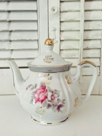 Pink Floral (3-4 Servings)