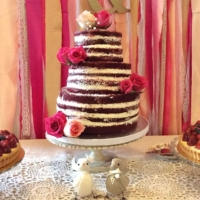 Vintage Distressed Cake Stand with Cake