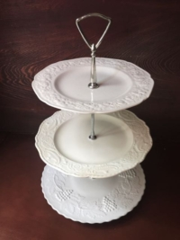Vintage White Mixed Tiered Stand