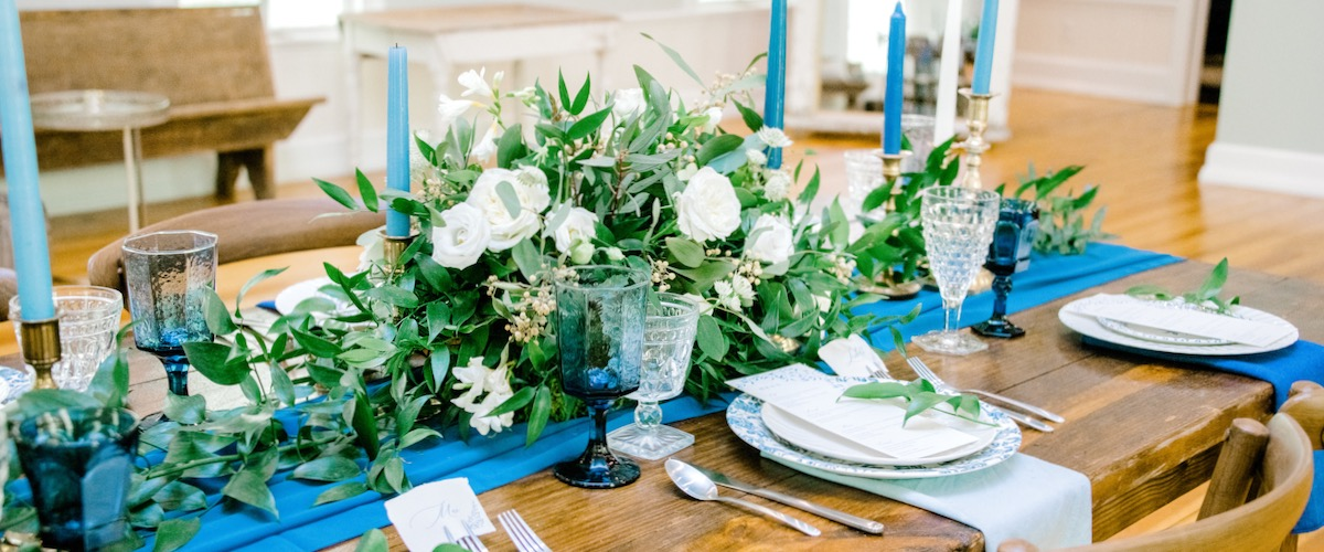 Vintage Blue and White Table Settings